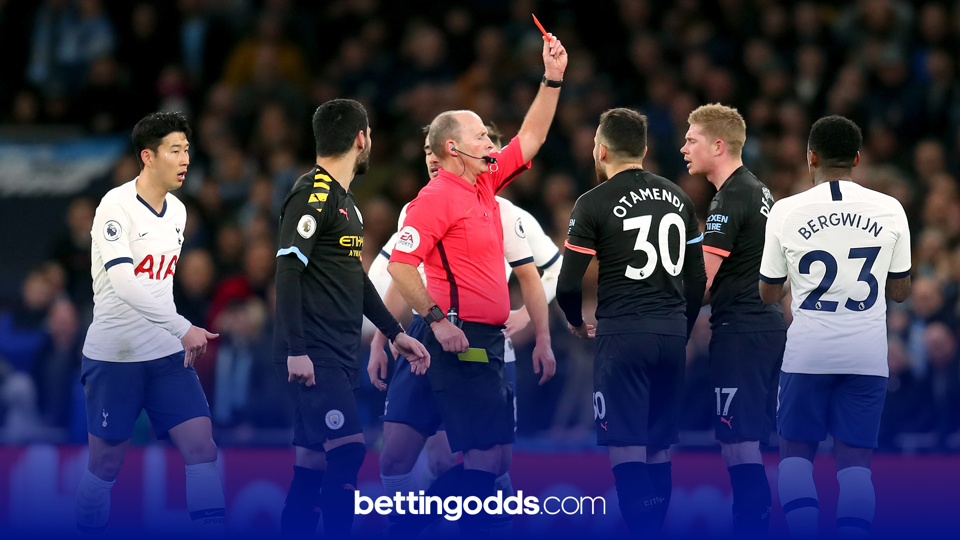 Premier League Card Betting: Mike Dean loves the big occasion